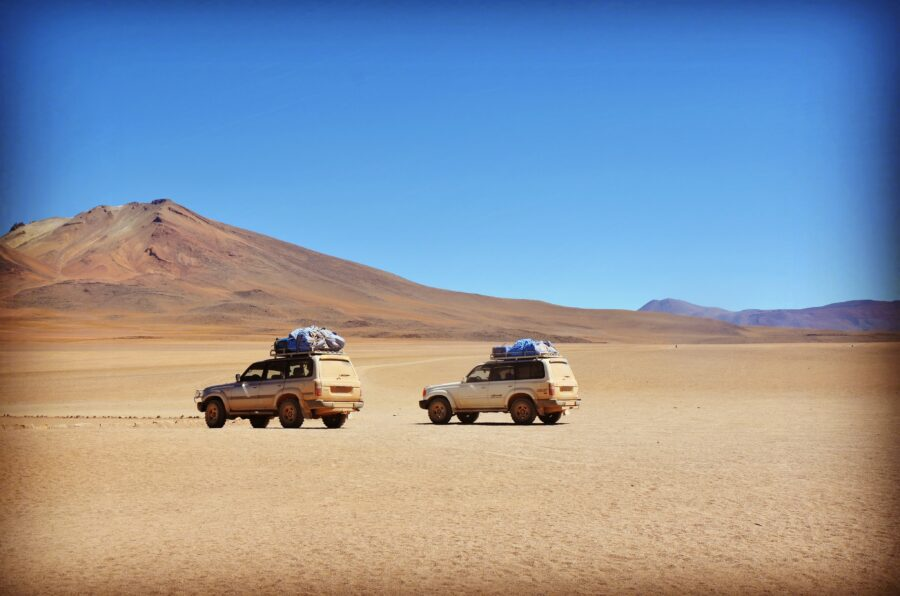 4x4 cruising in Chile, tour with travellers around Atacama. Independant guides
