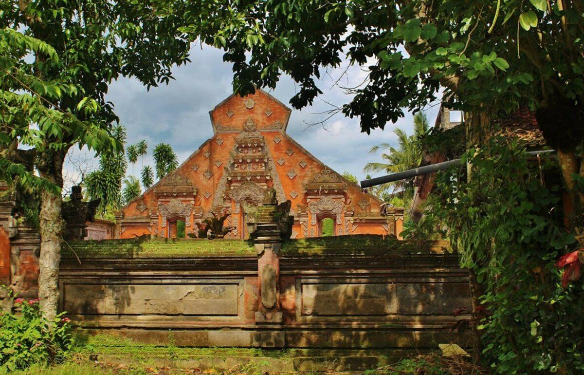 Temple avec Arya