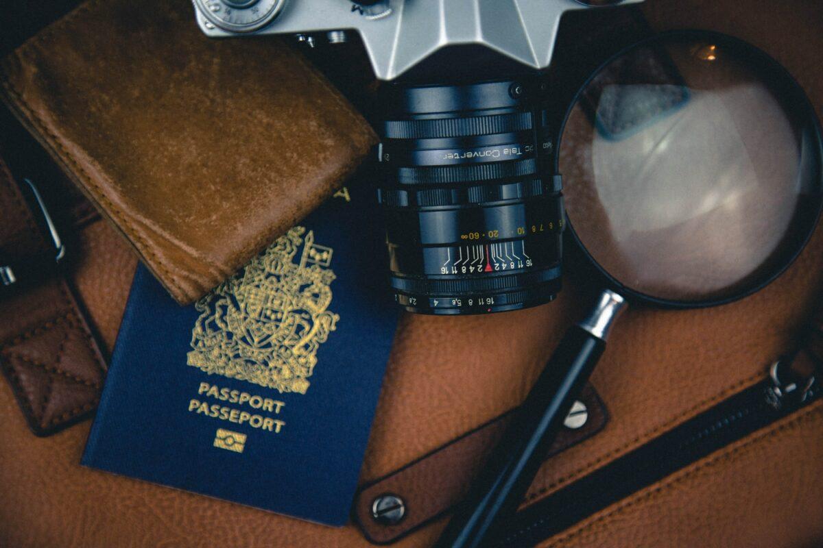 passeport appareil photo stylo argentique