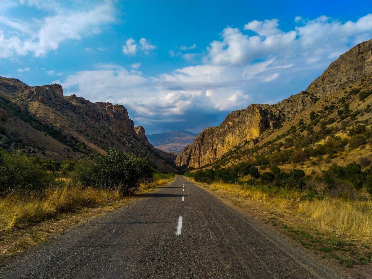 routes et paysages en Arménie
