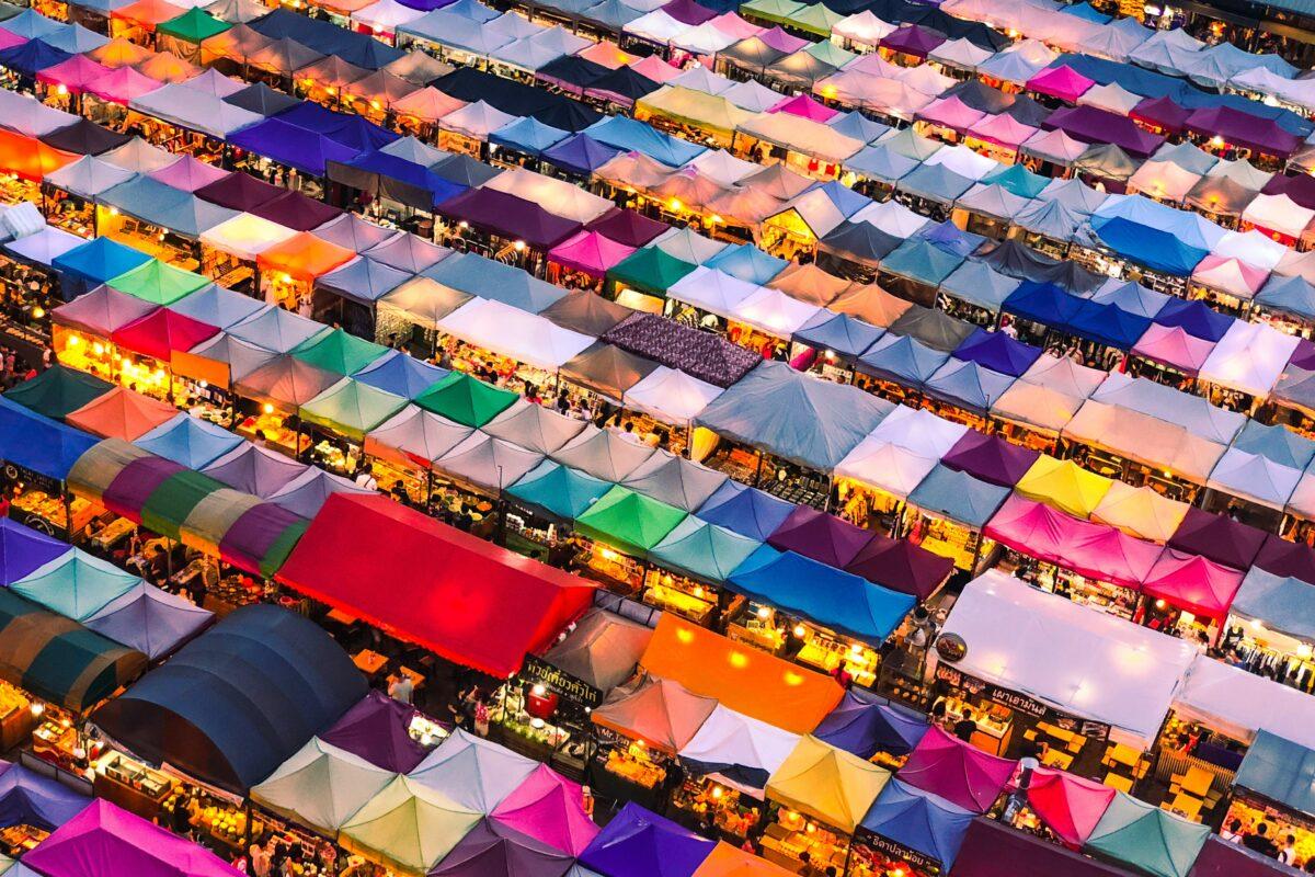 bangkok soguide chatuchak market weekend